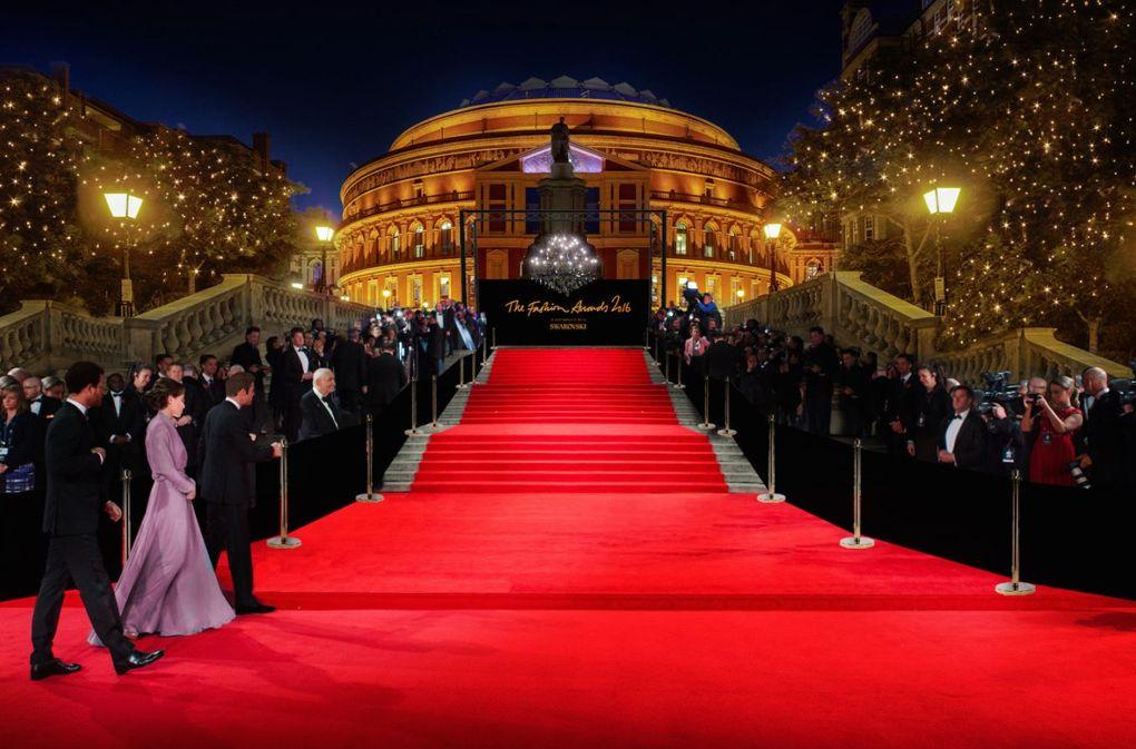 المرشحين لجوائز الموضه البريطانية عن فئة المواهب الصاعدة
