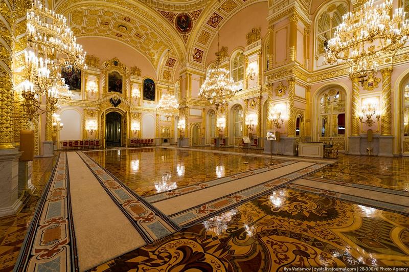 الكرملين ..جدران من الذهب الخالص وارض من مرمر ..مالاتعرفونه عن افخم قصر في روسيا