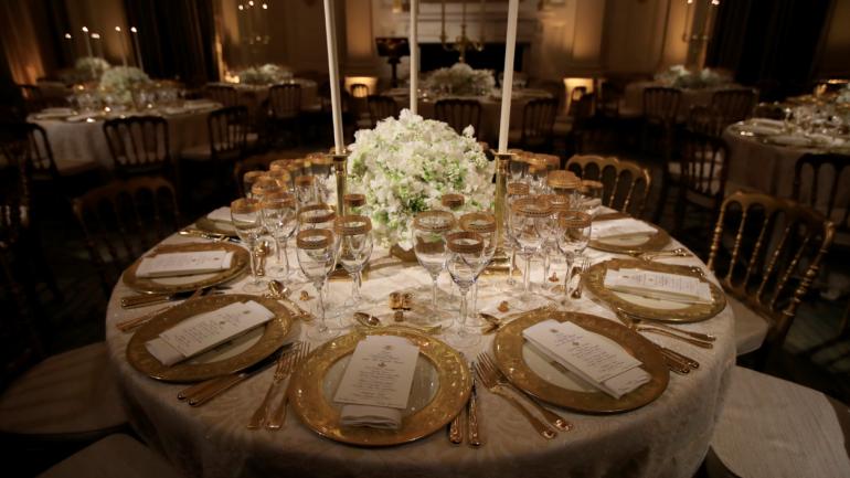 بالصور كيف كان عشاء دونالد ترامب وايمانويل ماكرون التاريخي؟