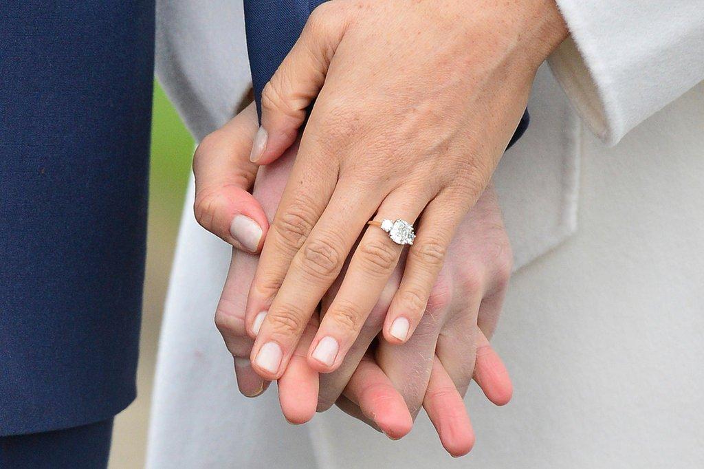 IMG 8534 المجموعة الكاملة لصور الإعلان الرسمي عن خطوبة الأمير هاري  وميغان ميركل