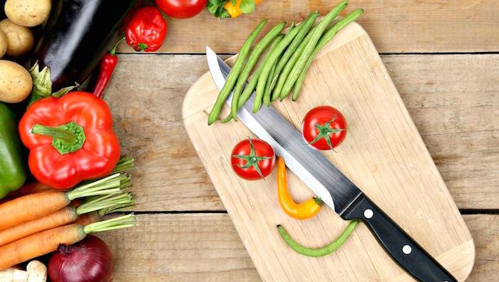 كيف يؤثر طعامنا على حالتنا المزاجية؟