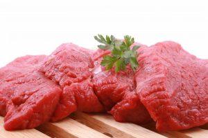 viandes 226659 highres 300x200 أطعمة غذائية طبيعية للعضلات