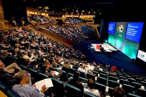 مؤتمر حول مؤتمر الأمراض الخبيثة في برلين