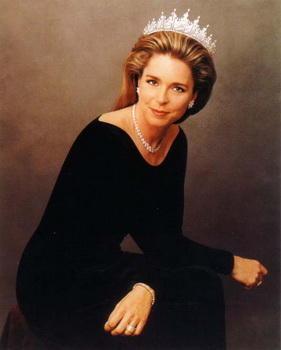 في عيد ميلادها ال 67 .. سيرة حياة أجمل ملكات العرب ،الملكة نور