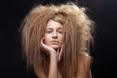 الطريقة الأفضل لعلاج الشعر الجاف