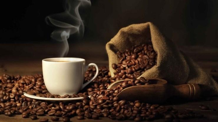 ما هي الحالات التي يمنع فيها شرب القهوة