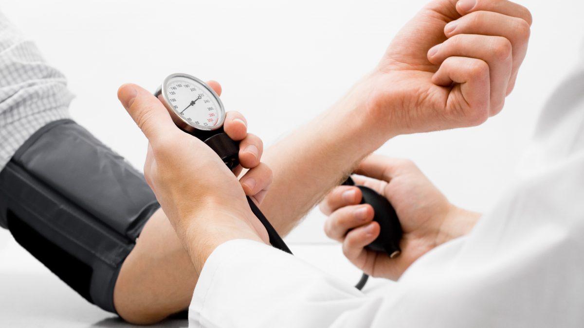 ثمان خطوات في تغيير نمط الحياة للتخفيض من ضغط الدم