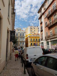 %name قبل ان يقسوا الشتاء ،سافر الى لسبون في البرتغال!