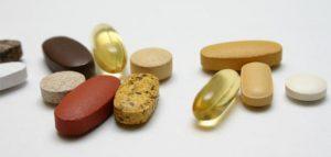 فيتامين لنضارة البشرة 300x143 فيتامينات ضرورية لصحة البشرة