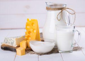 134506 dairy products 1100x796 300x217 أغذية مفيدة جداً للذاكرة والتركيز
