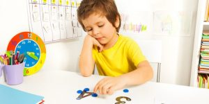1522656069 240 61988 shutterstock 282974420995x498 300x150 العلاج بالفن Art Therapy للطفل التوحدي