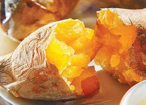 1761.jpeg 300x217 خمسة أسباب تجعلك تحب البطاطا الحلوة