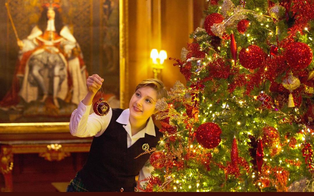 زينة الميلاد داخل قصر باكنغهام. ومليون مصباح زينة شوارع لندن لعام 2018