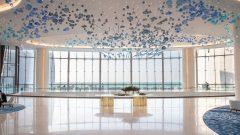 The stunning hotel lobby Jumeirah at Saadiyat Island Resort 240x135 البندورة كنز غذائي