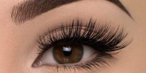 Eyelashes 660x330 300x150 إليكِ ستة حيل لجعل رموشك تبدو أكثر كثافة
