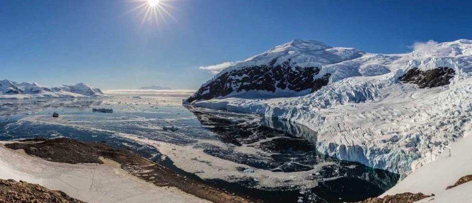 هل أنتاركتيكا تبتعد عن القطب الجنوبي؟