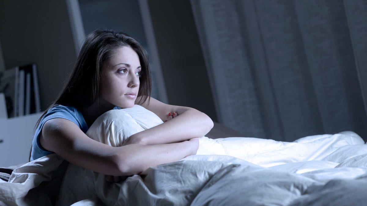 ما هي أضرار التفكير قبل النوم ؟